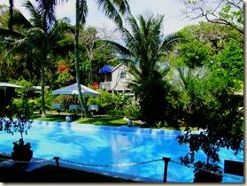 pool2hdr.jpg